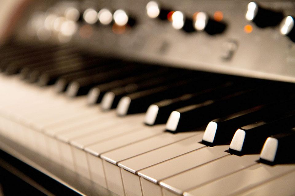 Suonare la tastiera
